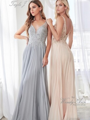 T8510-Silver-champagne-scaled